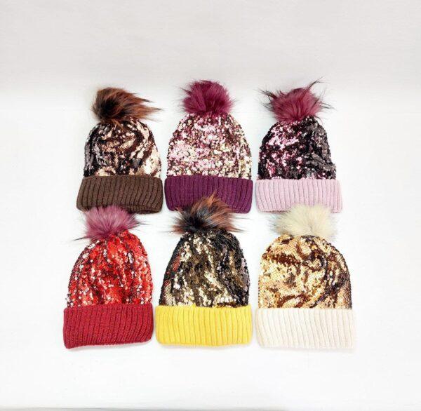 کلاه بافت پولکی زنانه پوم دار عمده ( KLT-O170 )